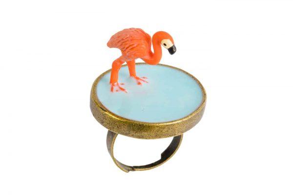 Flamingo-freisteller-kaffeehaus-am-ring